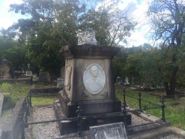 Peter Jackson's tomb