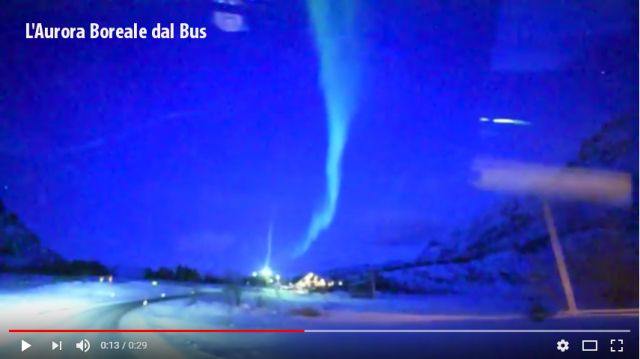 aurora boreale dal bus