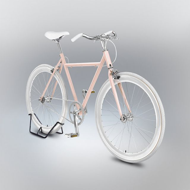 A 3D render model of a bike with a part of the frame missing and incorrect proportions